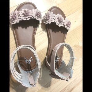 NWT Justice size 3 FLATS